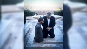 POWERFUL: Hungary's Prime Minister Posts Photo to Social Media of Nick Vujicic and Himself Praying